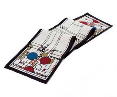 Rennie & Rose Coonley Playhouse Table Runner